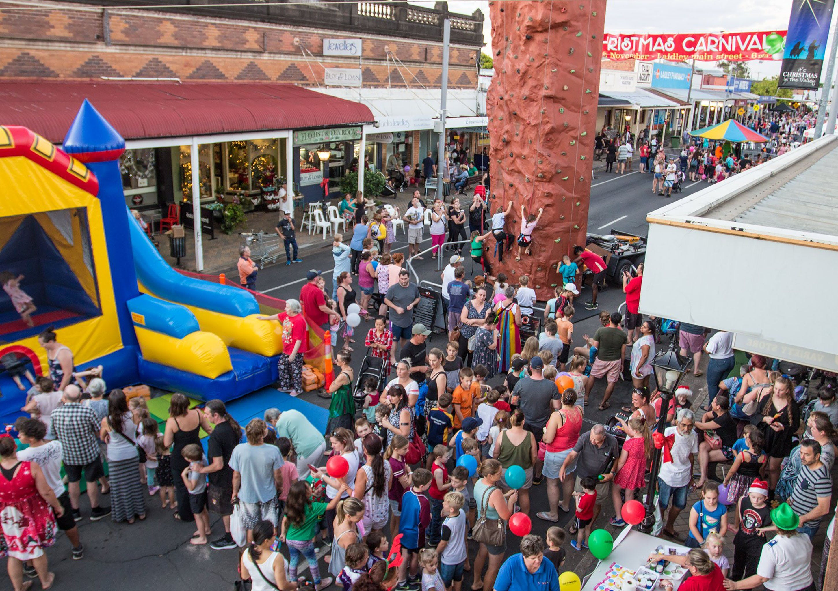 Laidley Christmas Street Festival - Accommodation QLD