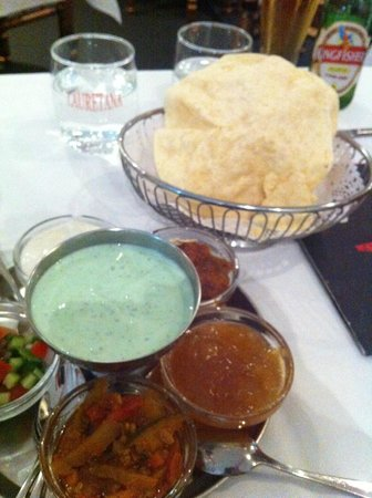 Surjit's Indian Restaurant - Accommodation QLD