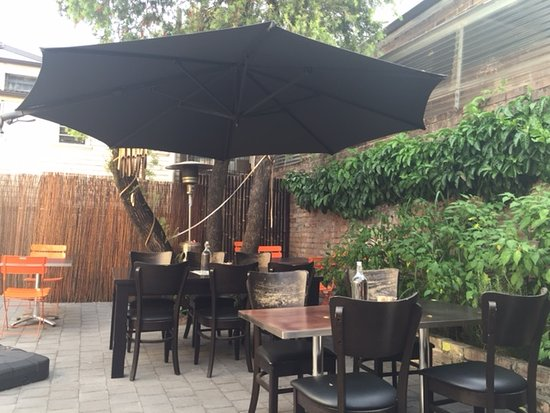 Asian At Arncliffe - Accommodation QLD