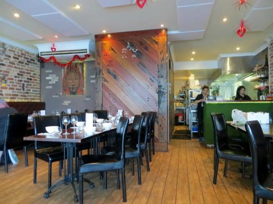 The ZEST Thai Experience - Accommodation QLD