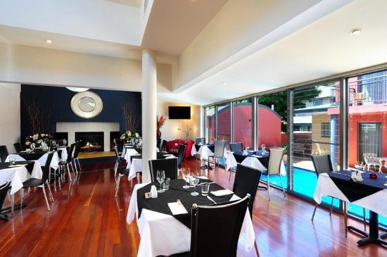 Pavilion Restaurant and Lounge - Accommodation QLD