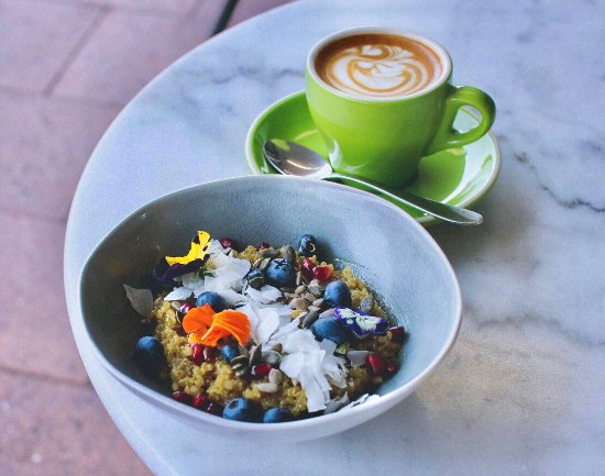MR O Kitchen Espresso Grocer - Accommodation QLD