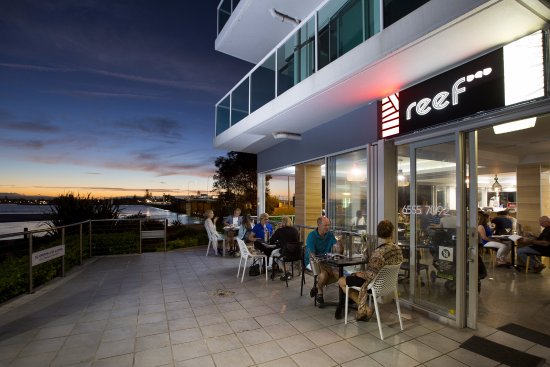 Reef Bar Grill - Accommodation QLD