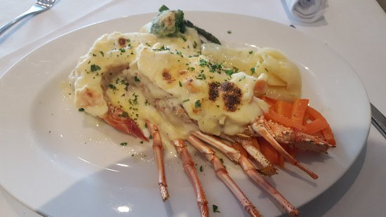 Seafood Affair Licensed Restaurant - Accommodation QLD