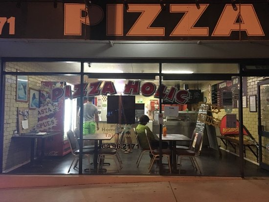 Pizza Holic - Accommodation QLD