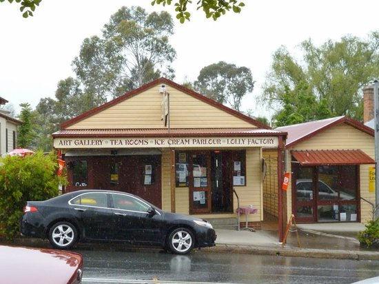 The Train Cafe - Accommodation QLD
