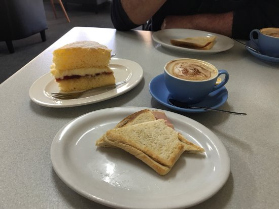 TT's Cafe - Accommodation QLD