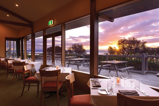 The Bay Restaurant - Accommodation QLD