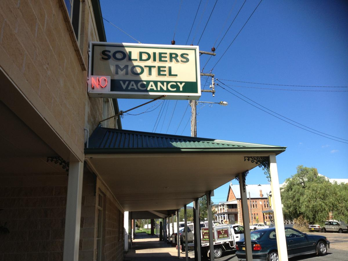 Soldiers Motel - Accommodation QLD