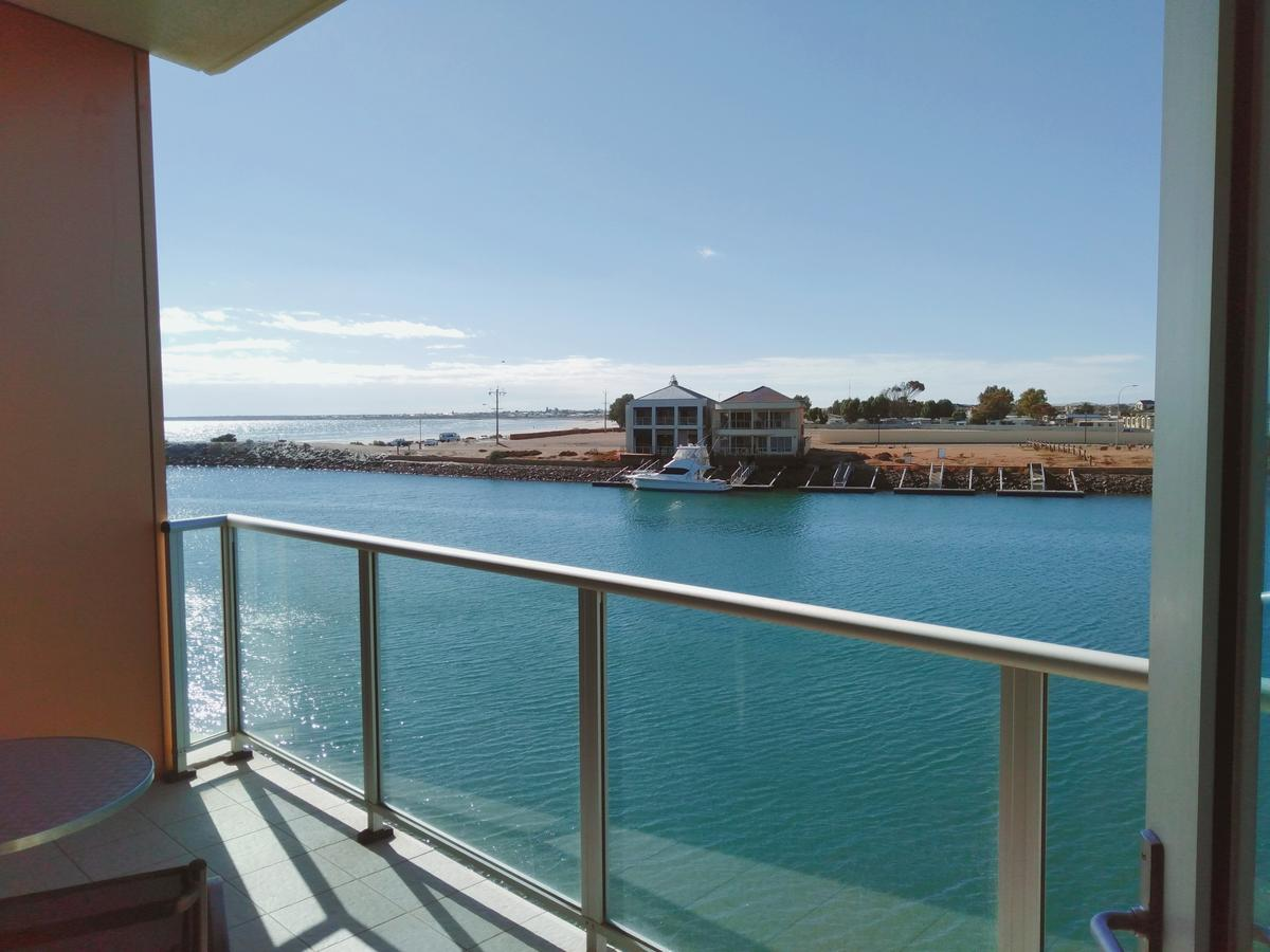 Wallaroo Marina Executive Apartments - Accommodation QLD