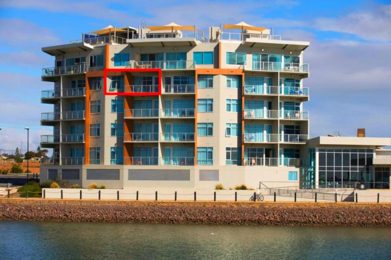Wallaroo Marina Luxury Apartment - Accommodation QLD