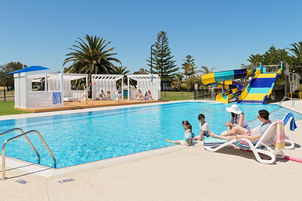 West Beach Parks Resort - Accommodation QLD