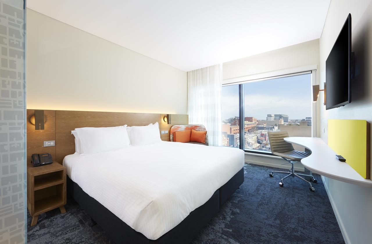 Holiday Inn Express Adelaide City Centre - Accommodation QLD