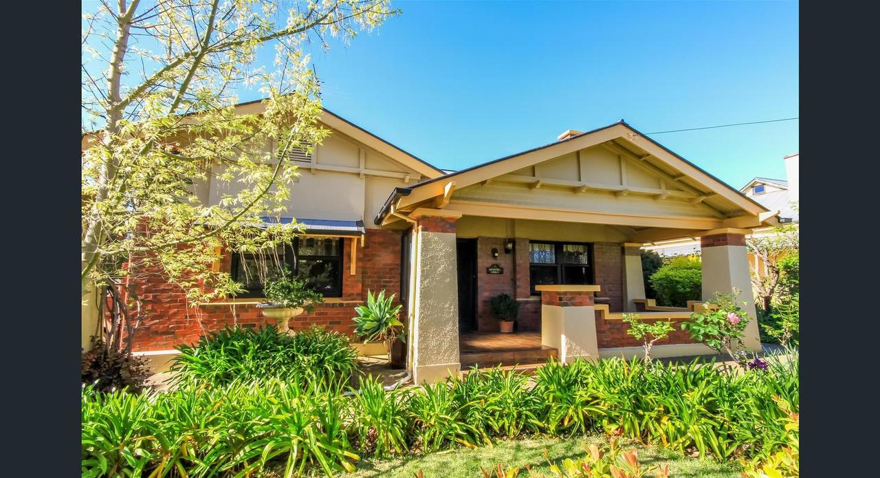 Ambrosia Holiday Home - Accommodation QLD
