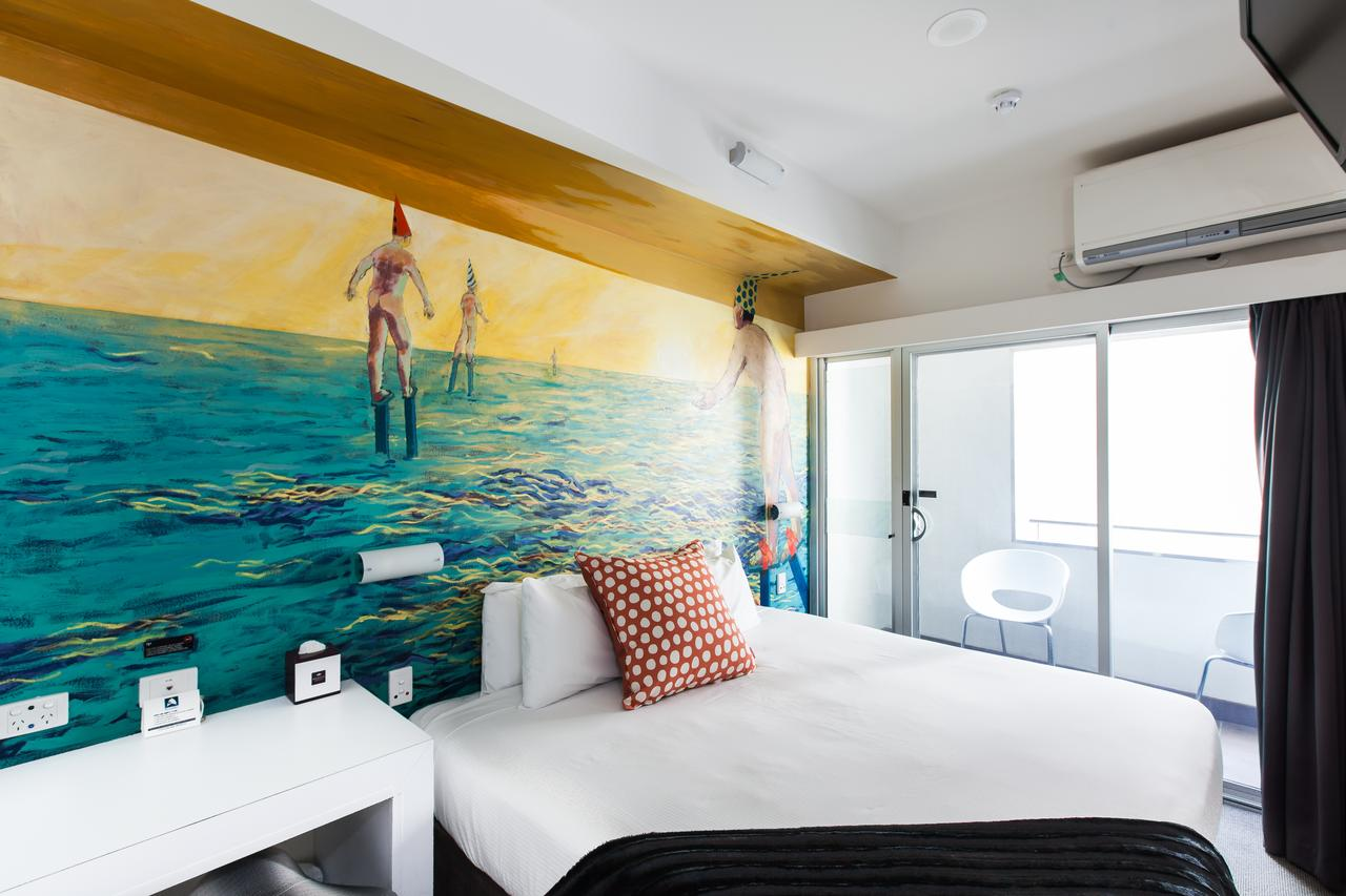 Majestic Minima Hotel - Accommodation QLD