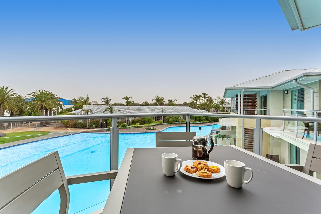 Pacific Blue Apartment 278 265 Sandy Point Road - Accommodation QLD