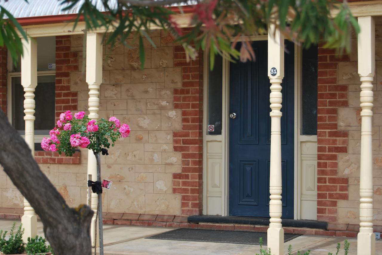 Jacaranda Cottage - Accommodation QLD