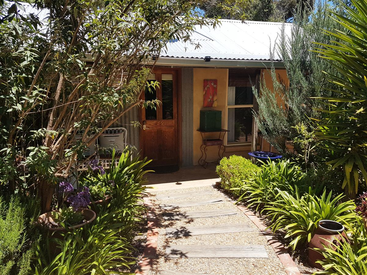 Little Para Cottage - Accommodation QLD