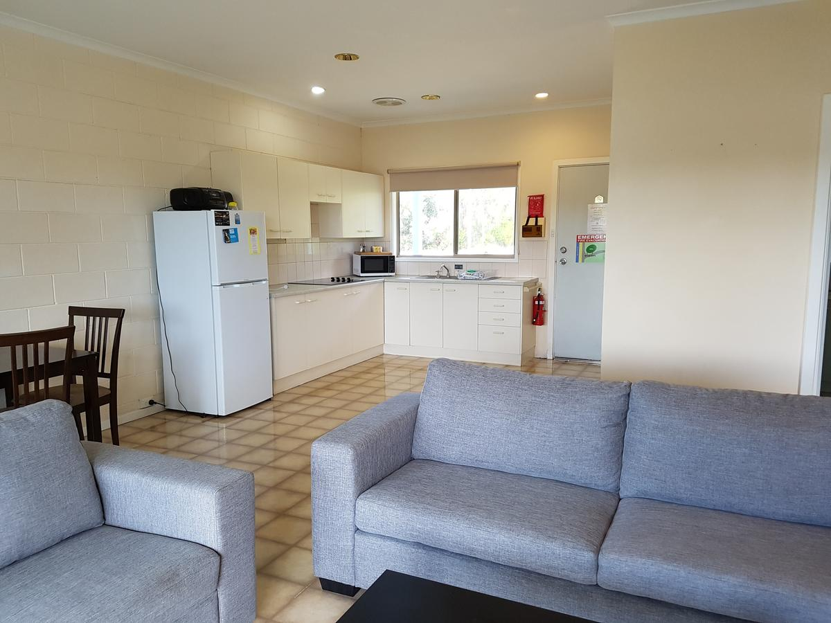 Marion Bay Holiday Villas - Accommodation QLD