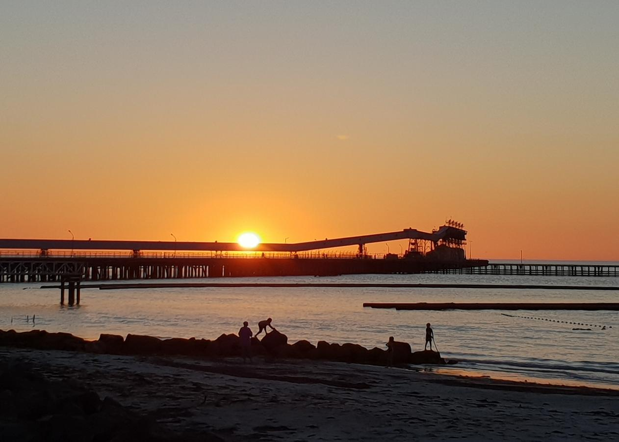 Wallaroo Beachfront Tourist Park - Accommodation QLD