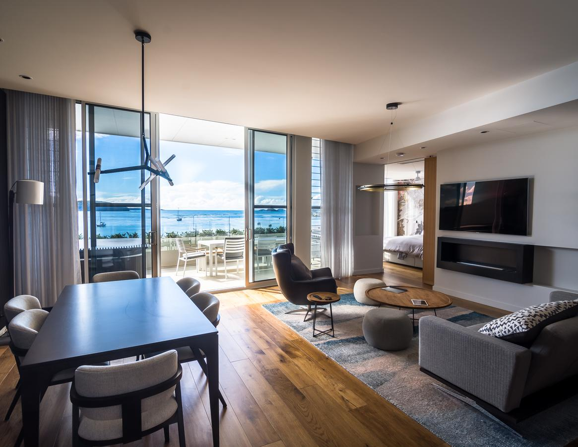 Promenade Penthouse Apartment - Accommodation QLD