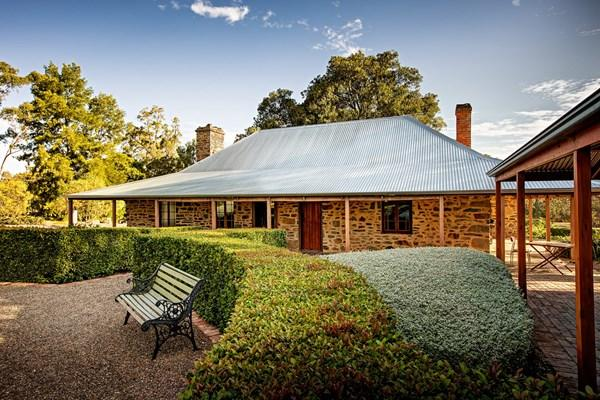 Jacobs Estate Cottage - Accommodation QLD