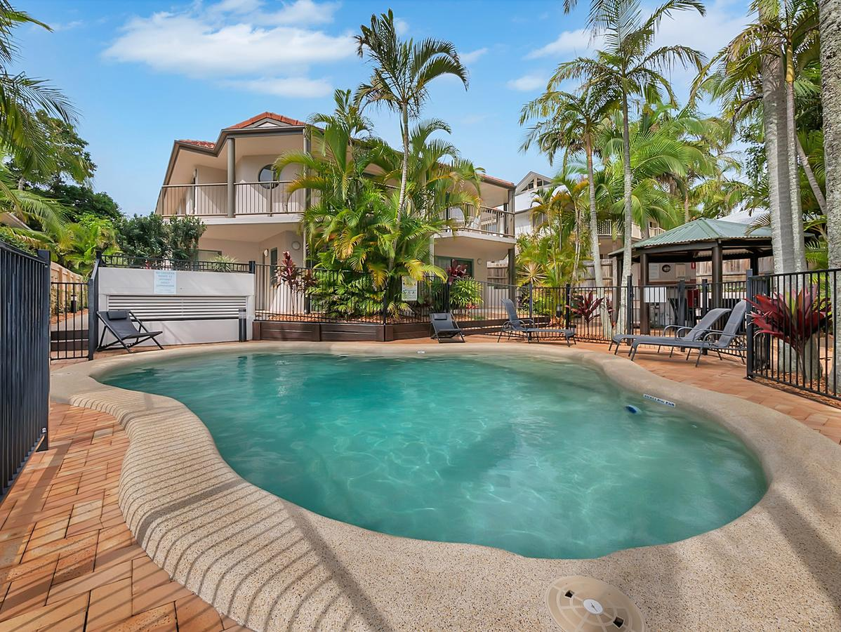 Cossies by the Sea - Accommodation QLD