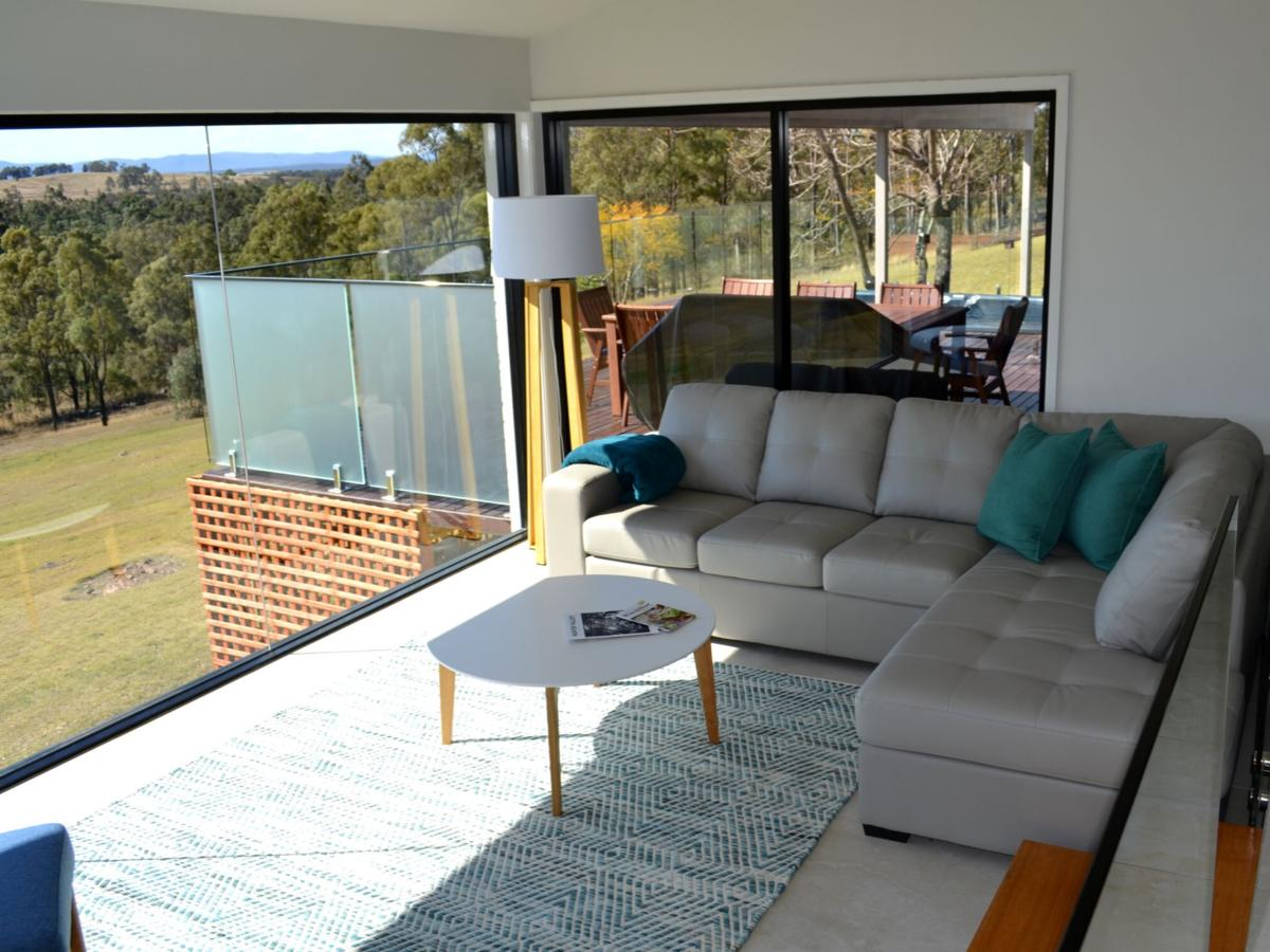 Wine Country Villas - Accommodation QLD