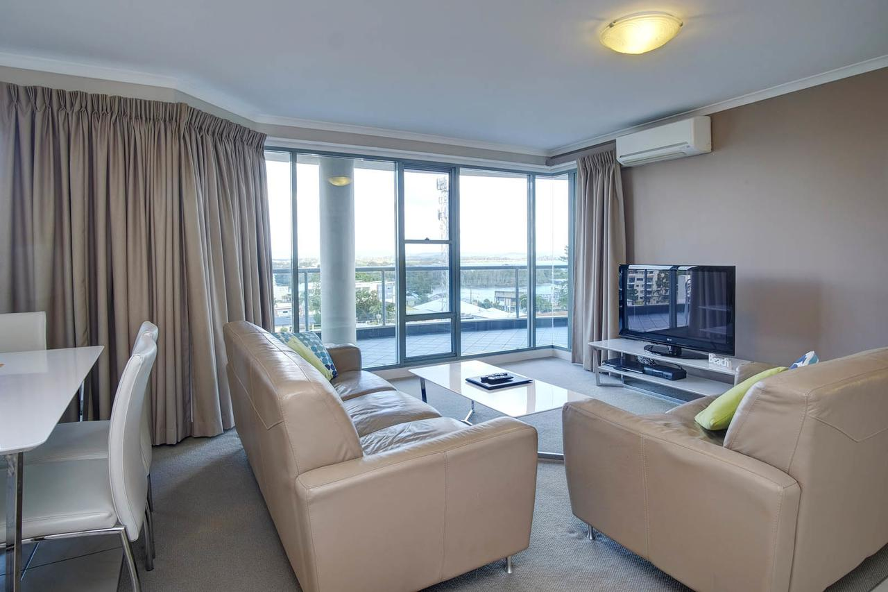 Sails Apartments - Accommodation QLD