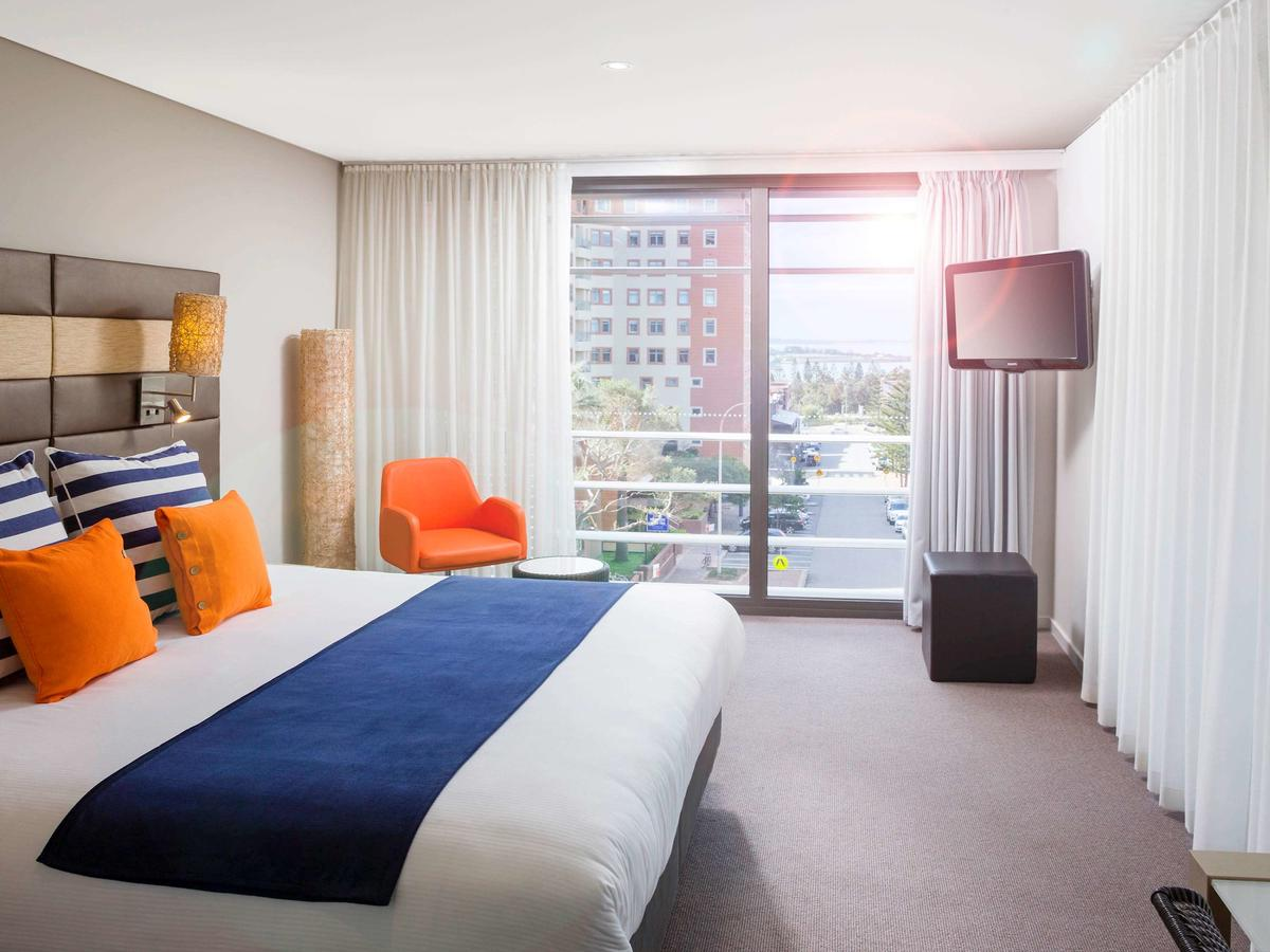 Novotel Newcastle Beach - Accommodation QLD