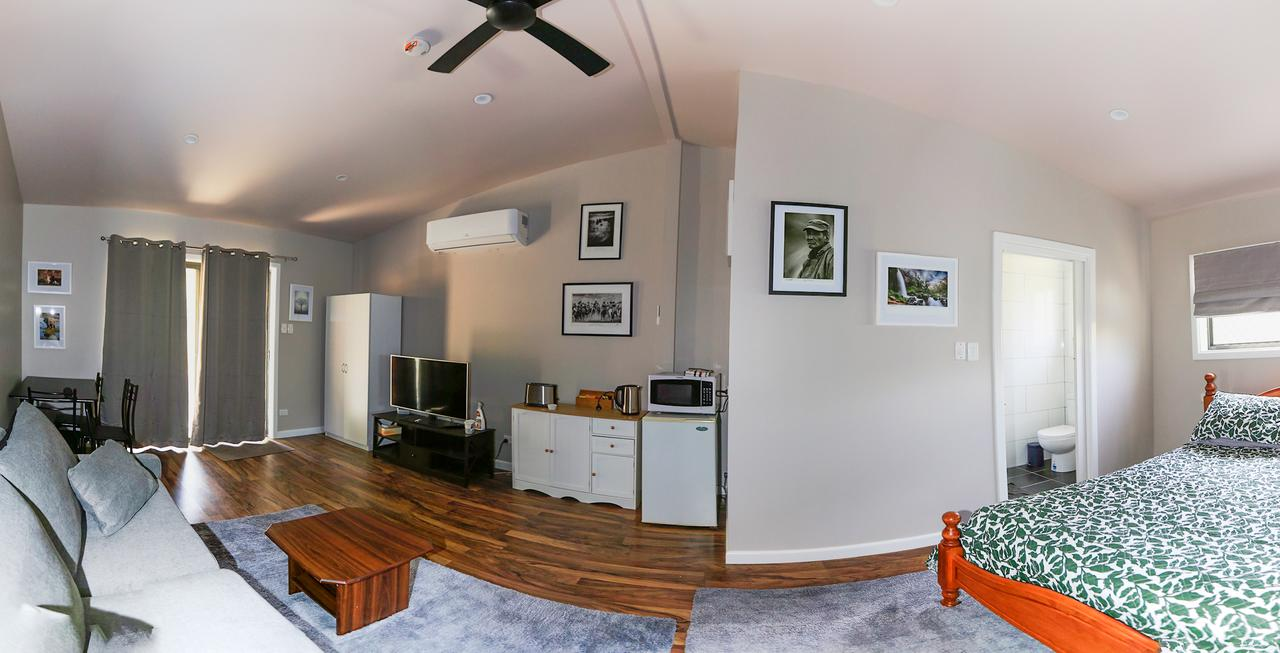 Pound Creek Gallery - Accommodation QLD