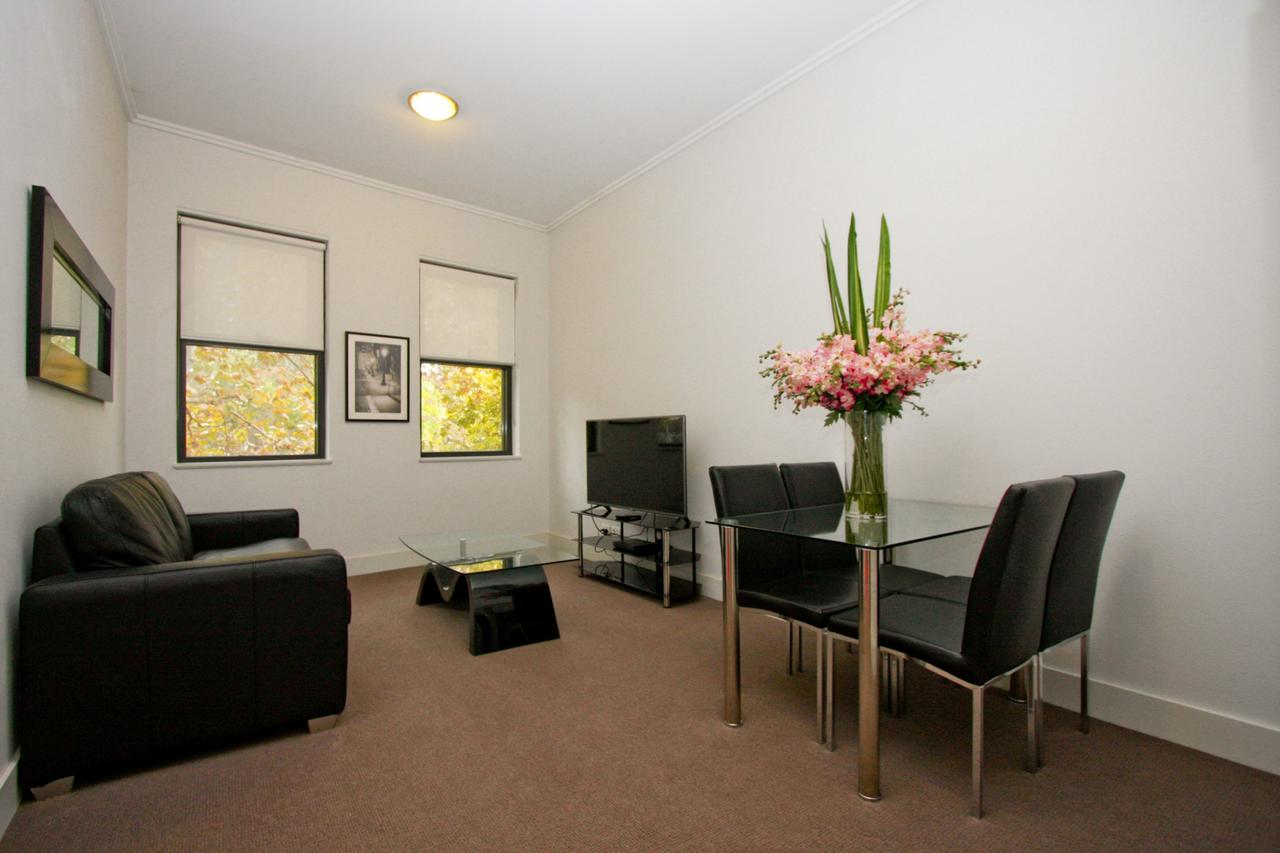 The Star Apartments - Accommodation QLD