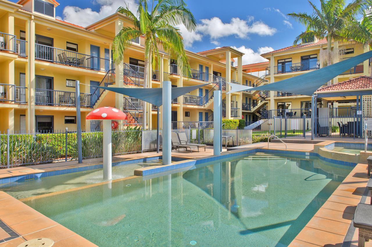 South Pacific Apartments - Accommodation QLD