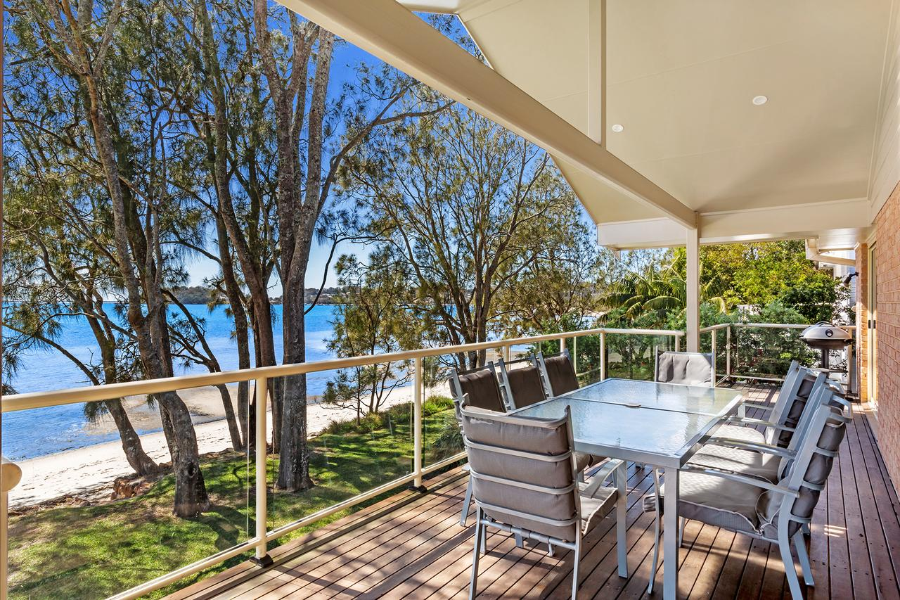 Foreshore Drive 123 Sandranch - Accommodation QLD
