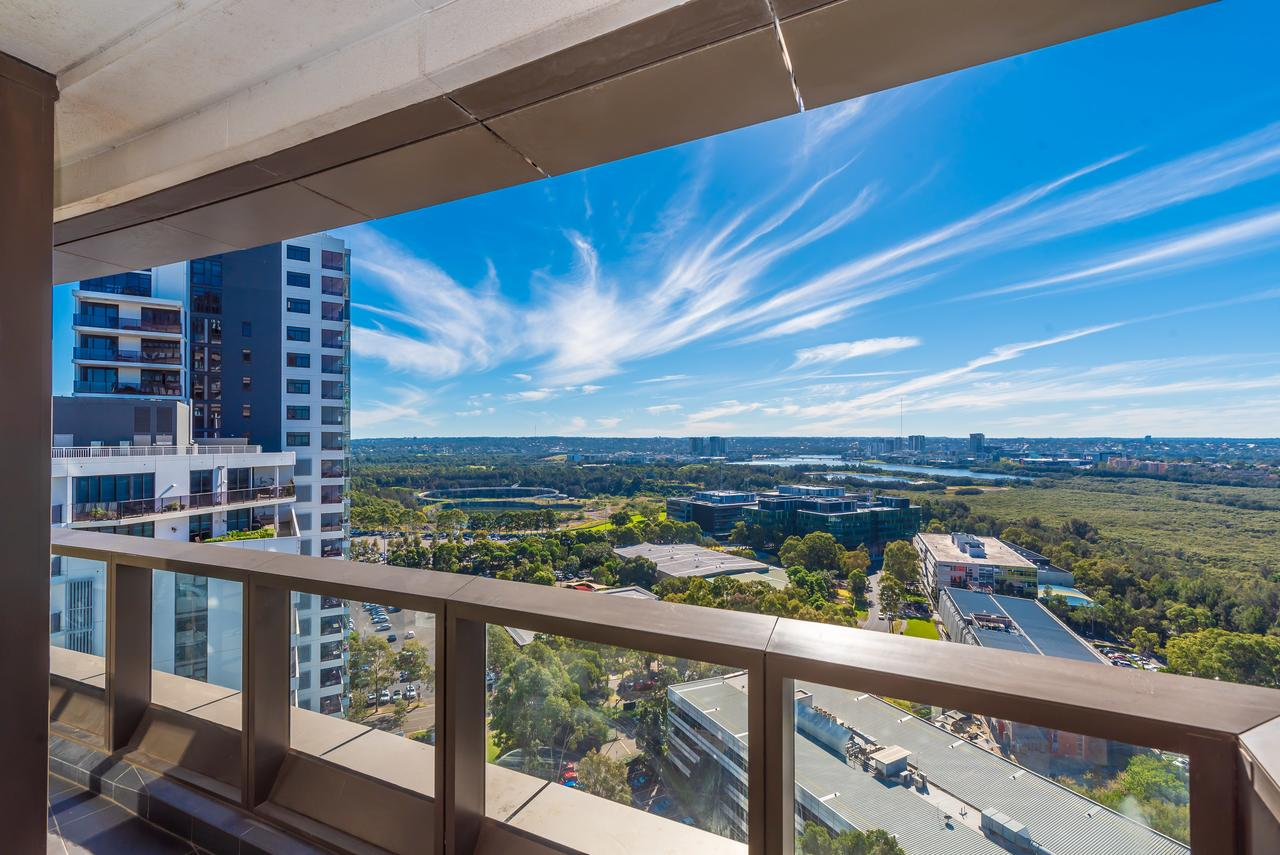 Olympic park Sunshine 2 bedrooms Apts with Private parking - Accommodation QLD