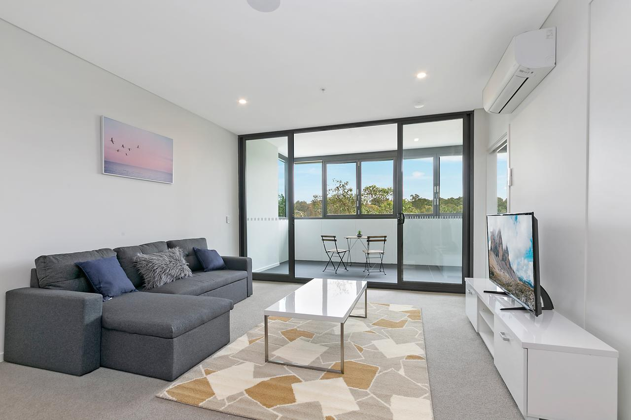 Stylish and Neat two bed apartment in Wentworth Point - Accommodation QLD