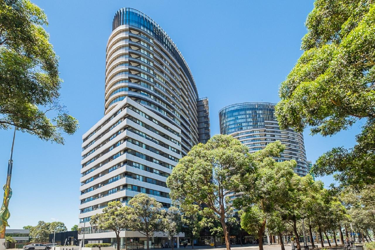 Australian Tower Stay - Accommodation QLD
