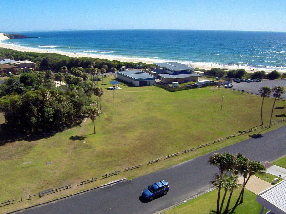 2 Cliff Road - Accommodation QLD