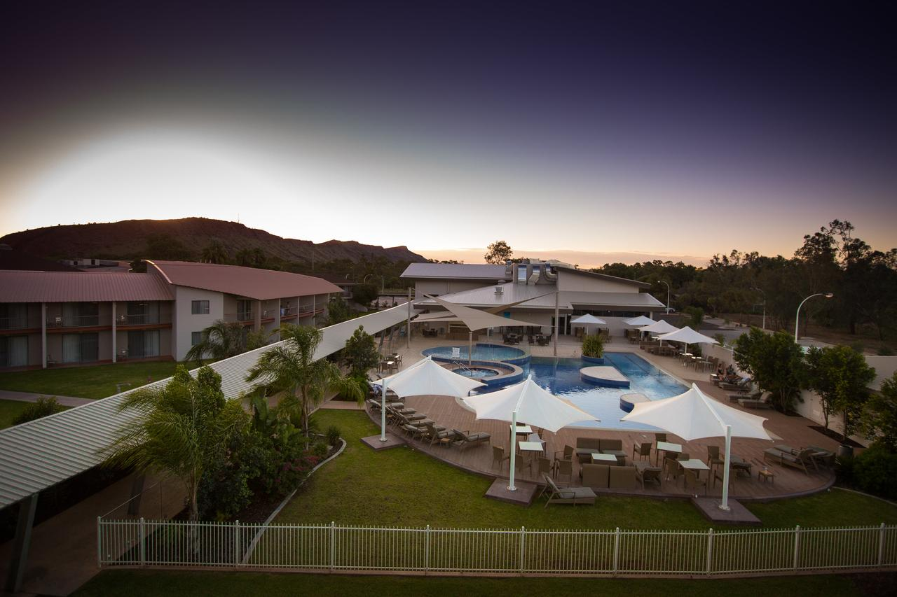 Crowne Plaza Alice Springs Lasseters - Accommodation QLD