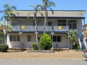 Cabenay 3 - VIEWS ACROSS THE PARK - Accommodation QLD