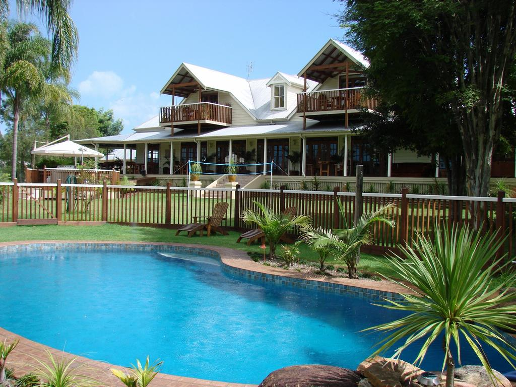 Clarence River Bed  Breakfast - Accommodation QLD