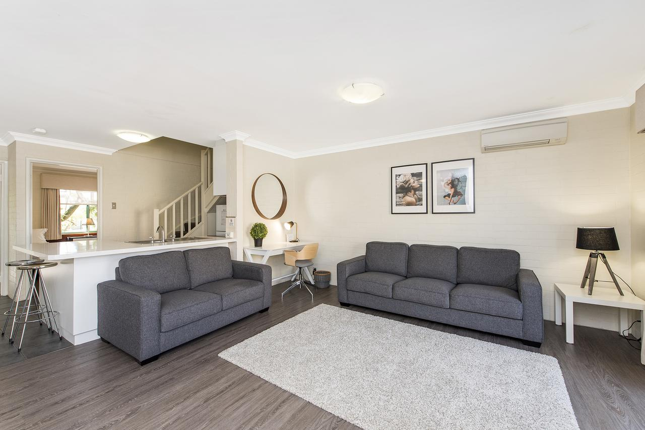 Subiaco Village 30 - Accommodation QLD