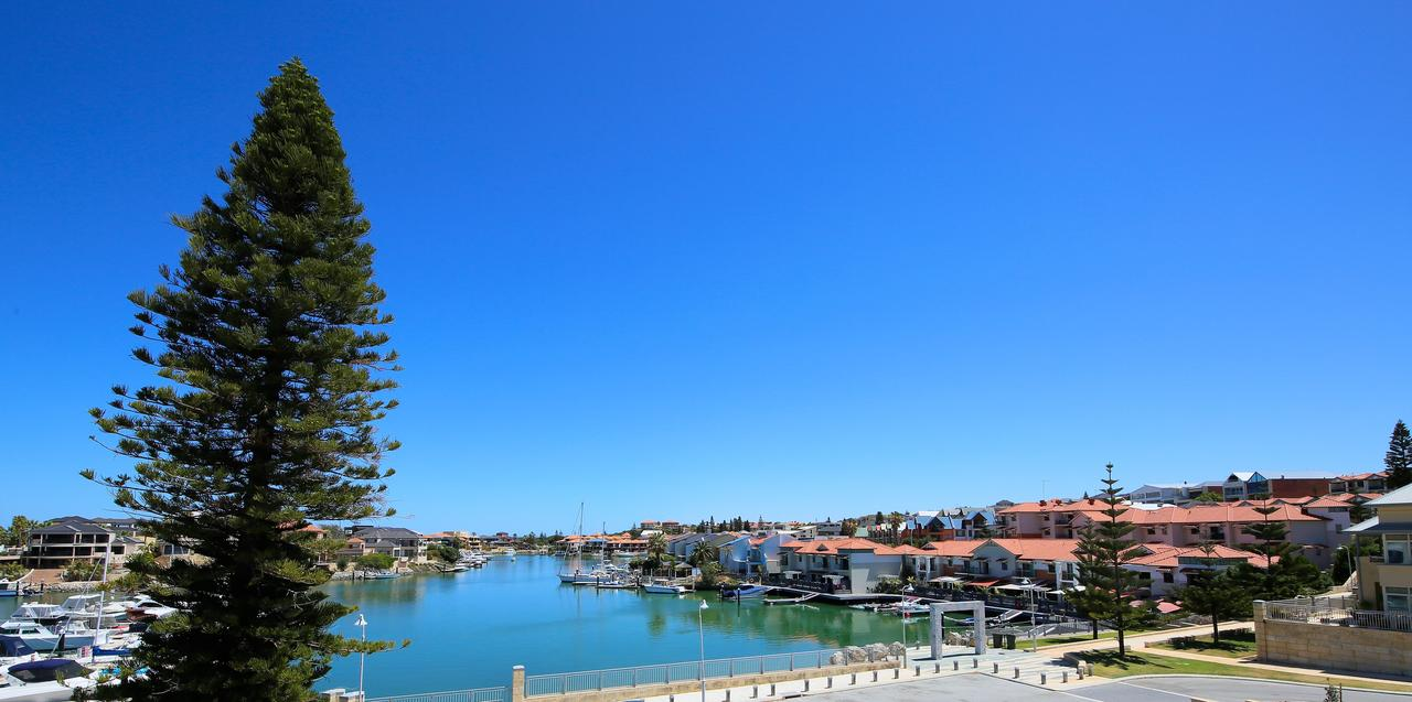 Studio Style Mindarie Marina - Accommodation QLD