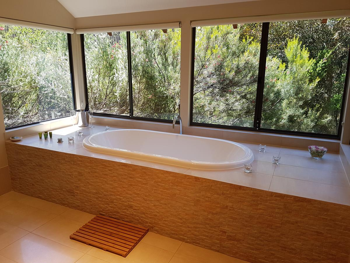 Jarrah Grove Forest Retreat - Accommodation QLD