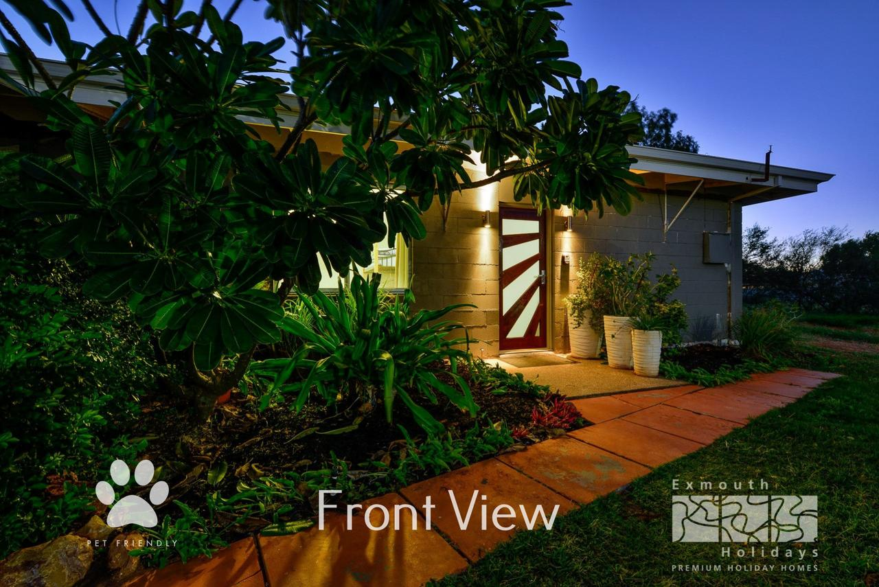 13 Learmonth Street - Close to town centre - Accommodation QLD