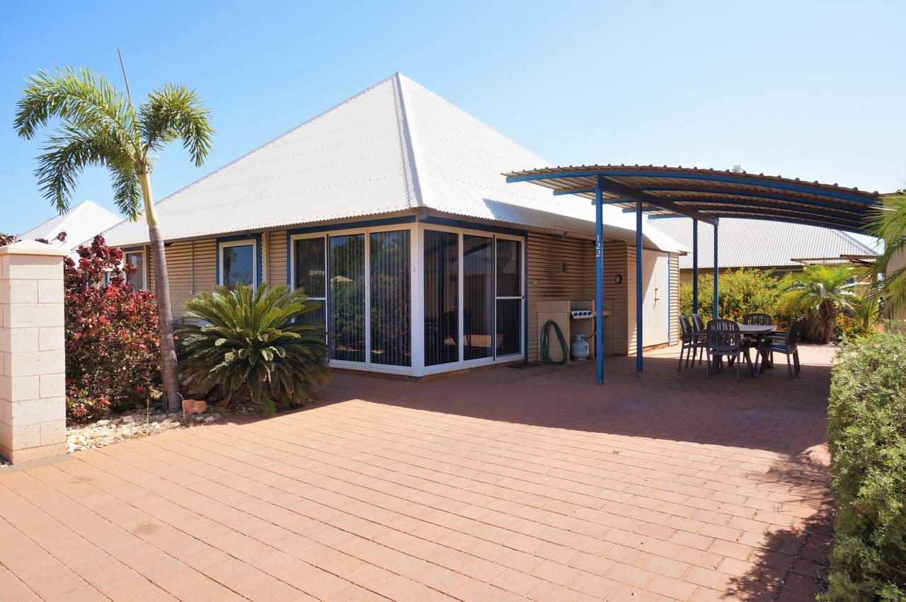 Osprey Holiday Village Unit 122/2 Bedroom - Perfectly neat and tidy apartment - Accommodation QLD