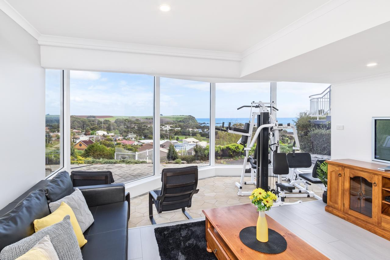Views Forever - Devonport - Accommodation QLD