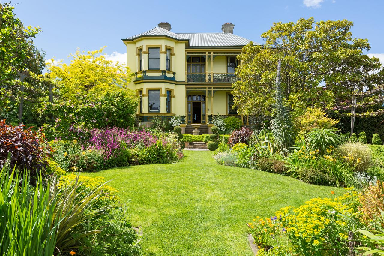 The Corinda Collection - Accommodation QLD