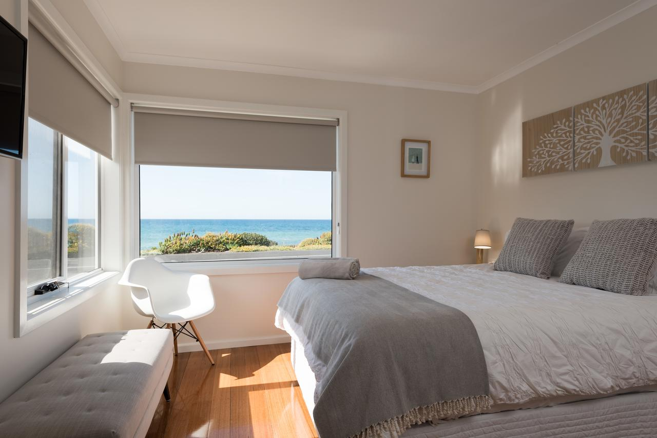 Penguin Beach House - Accommodation QLD