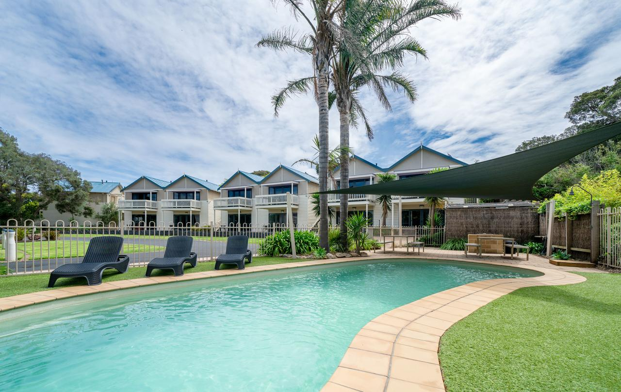 Boathouse Resort Studios and Suites - Accommodation QLD
